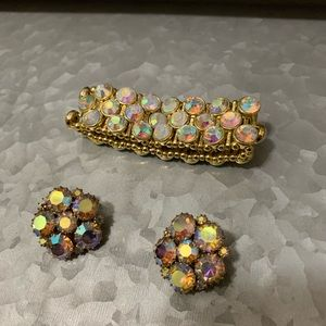 Bracelet and earring set clip on, good condition,
